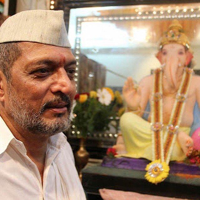 nana-patekar-with-lord-ganesha-on-ganesh-chaturthi-in-mumbai